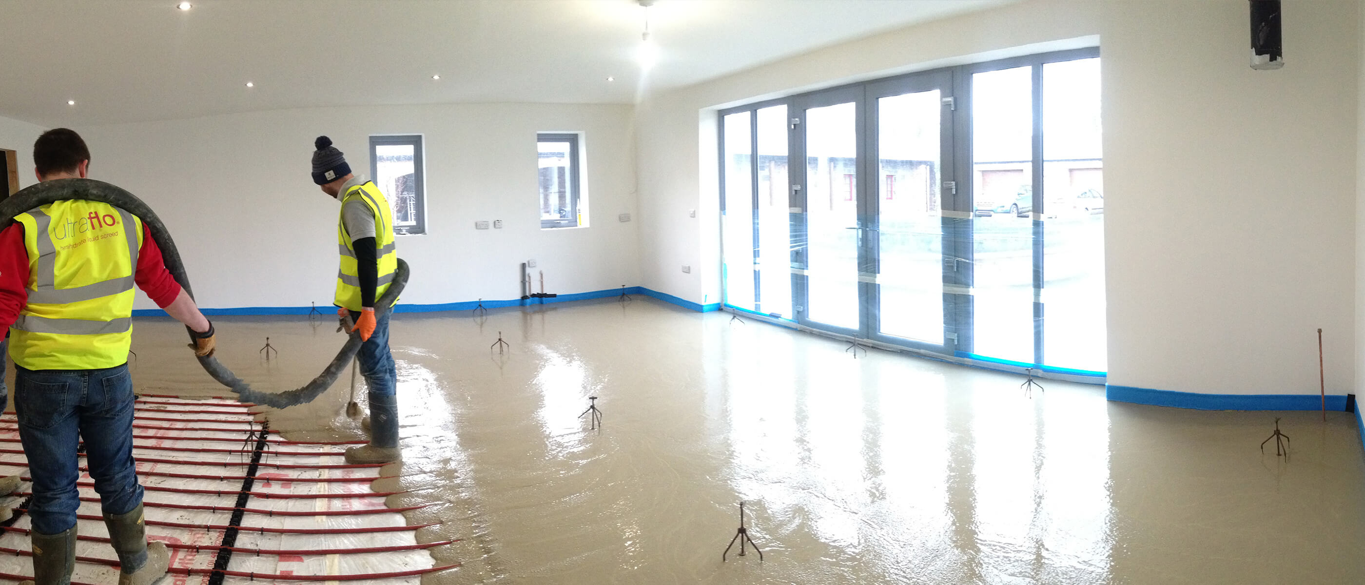 The order of work in the finishing of the house - then do the screed, and then do the putty